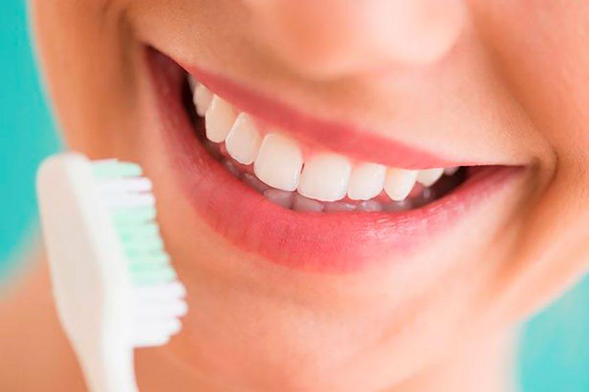 6 советов по уходу за чувствительными зубами