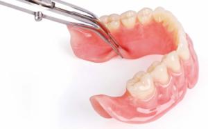 Преимущества нейлоновых протезов для зубов<br></noscript><div class='desc-row-2' style=''>Стоит ли устанавливать этот вид протезов?</div>