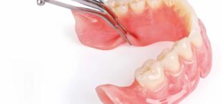 Преимущества нейлоновых протезов для зубовСтоит ли устанавливать этот вид протезов?